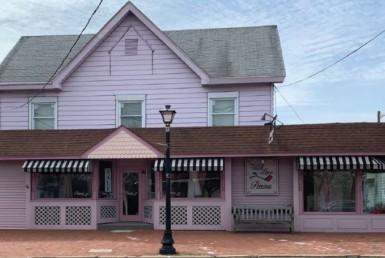 11 E Main Street Marllton
